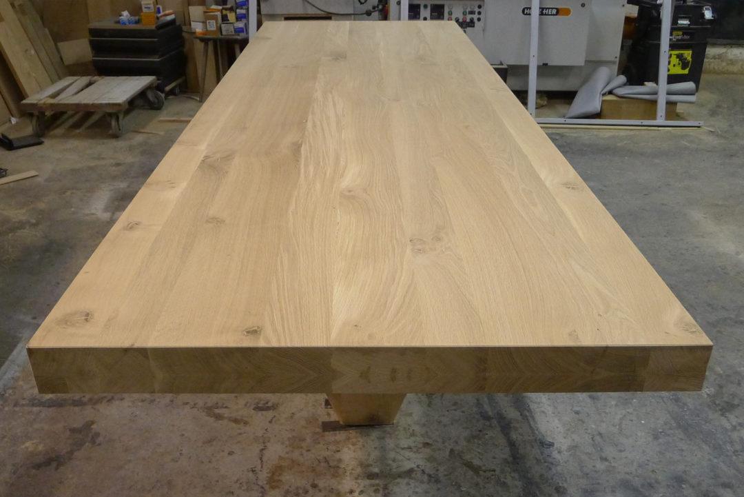Eiken eenpoot design tafel