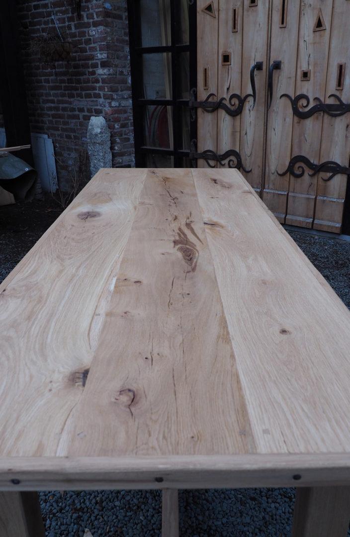 Oud eiken boeren tafel